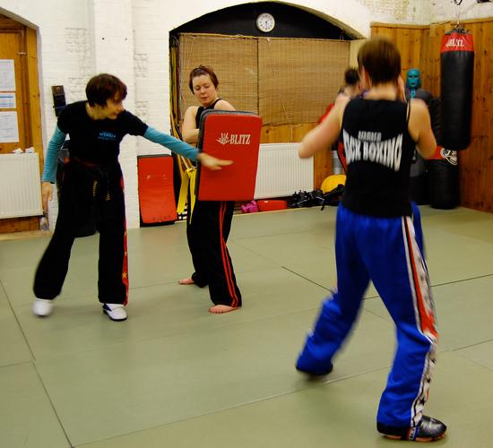 tiffs kick boxing class-116